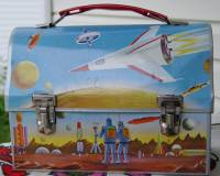 Vintage-space-lunch-box