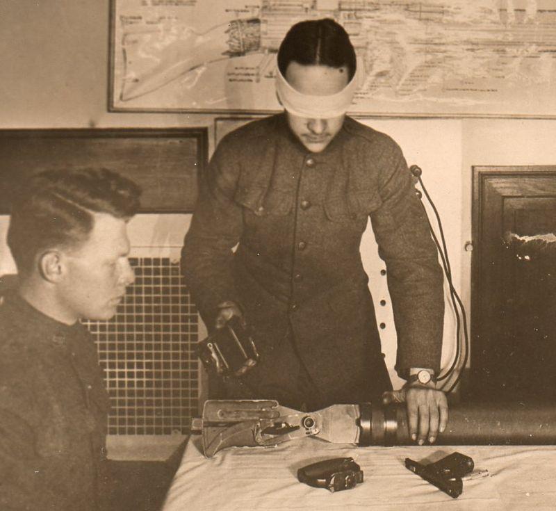 WWI Photos Blindfold078
