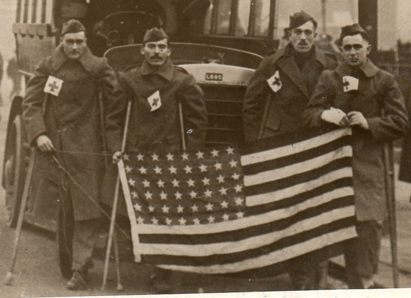 WwI--photos--flags london b031