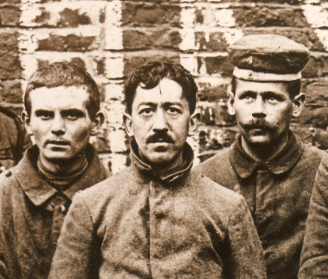 WWI photograph--german prisoners middle069