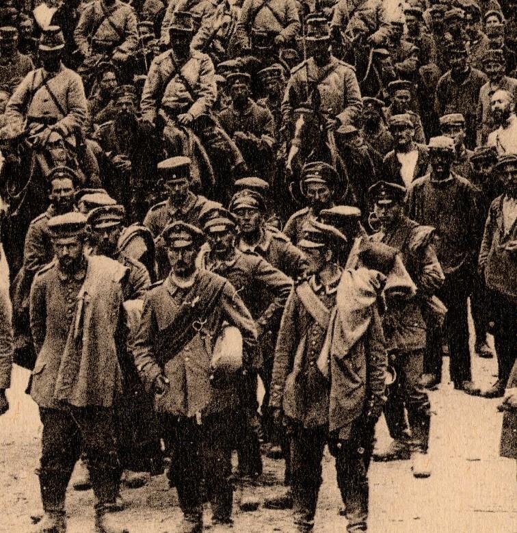 WWI photogravure-prisoners det065