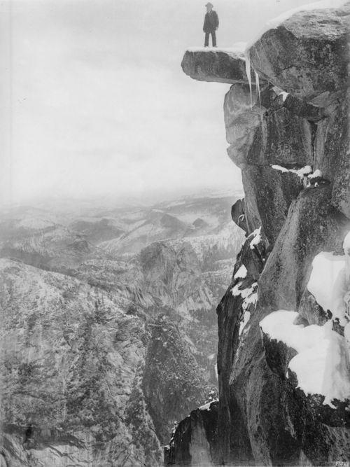 Women yosemite Galen_Clark_on_Glacier_Point_in_Yosemite_National_Park,_ca.1900_(CHS-1207)