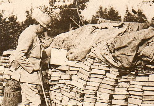 WWI photos--looted books112