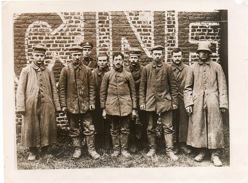 WWI photo--german prisoners