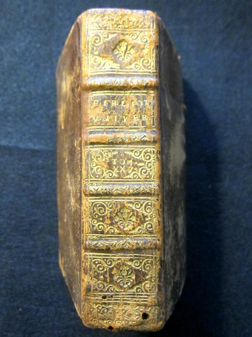 Bibliotheque Uni 1693 _2_