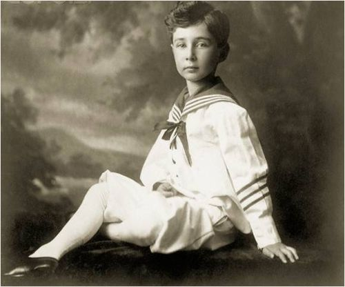 Scientist childhood pics oppenheimer