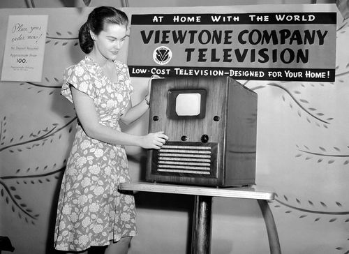 TV 1945